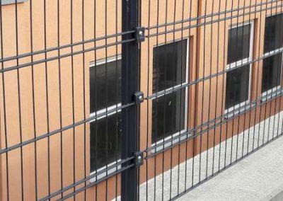 Gitterzaun als Absturzsicherung